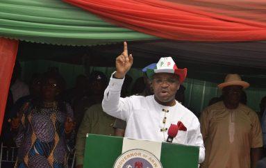 Gov. Emmanuel Celebrates Christmas With A'Ibom PDP Faithfuls