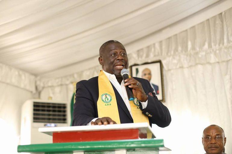 IPAC Honours Akwa Ibom State PDP Chairman
