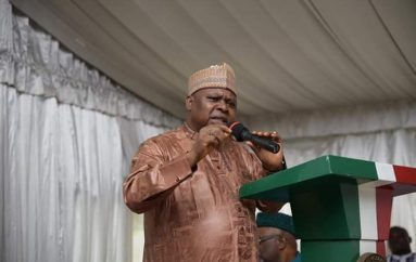 Turaki Consults A'Ibom PDP, Pledges To Restructure Nigeria